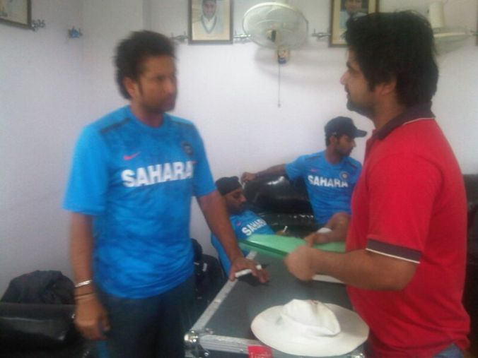 Sachin Tendulkar meets die heart fan